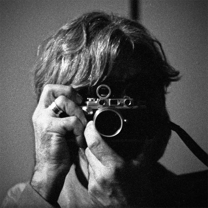Bob w-IIIa B&W sq. tiny